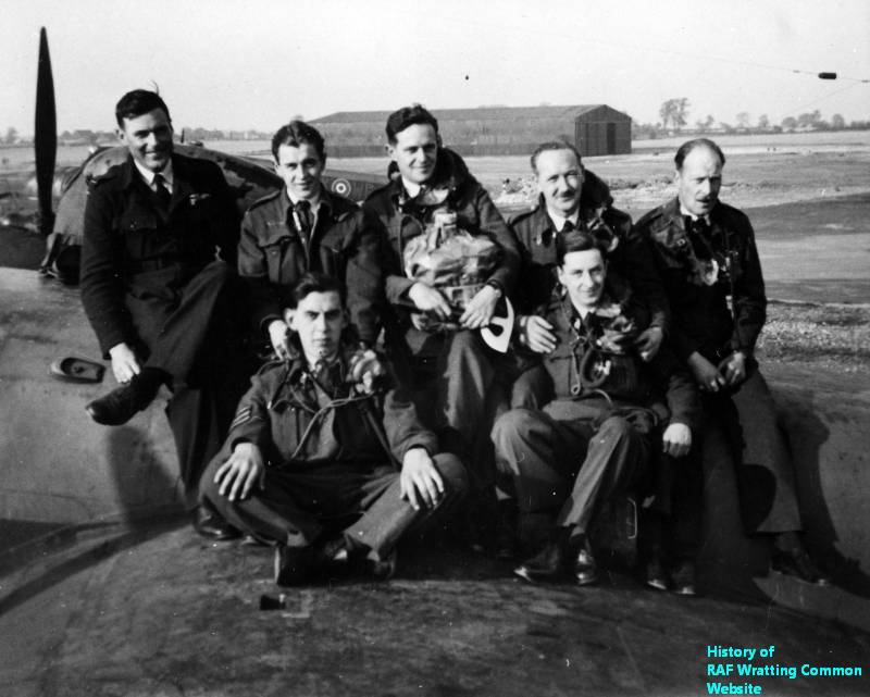 Crew of Short Stirling EF497